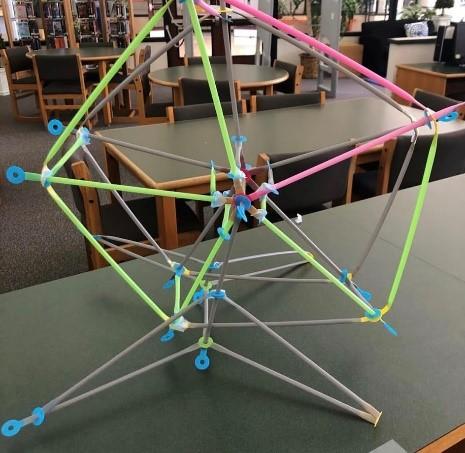 Ferris Wheel Strawbees Challenge