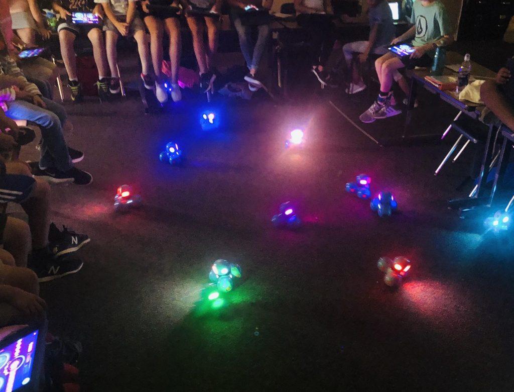 Dash Robot Glowing