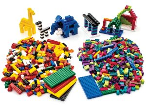free-build engineering brick lab